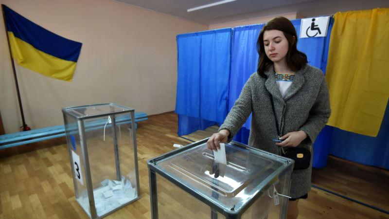 ЦИК Украины обнародовал первые данные протоколов: Зеленский набирает почти 72% голосов