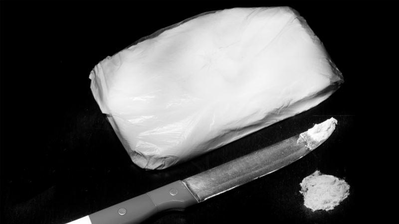 На побережье Черного моря выбросило 130 кг кокаина – СМИ