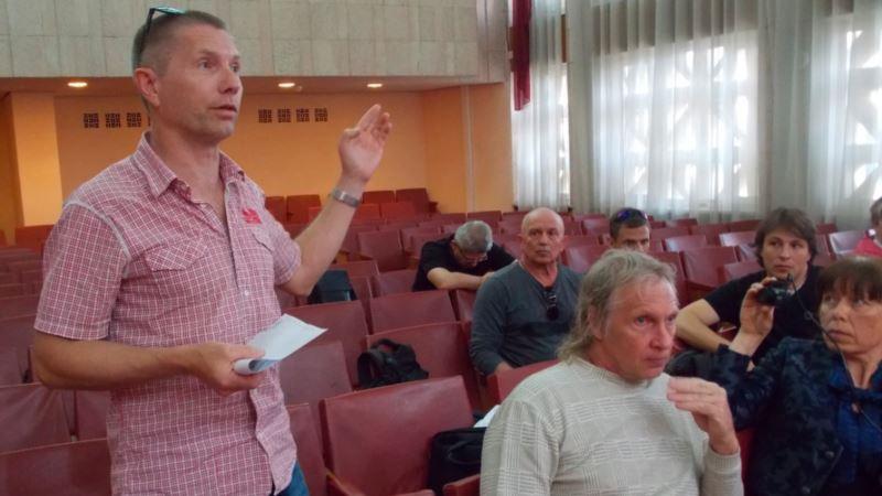 Российские военные хотят забрать участок у моря близ мыса Херсонес, местные жители против