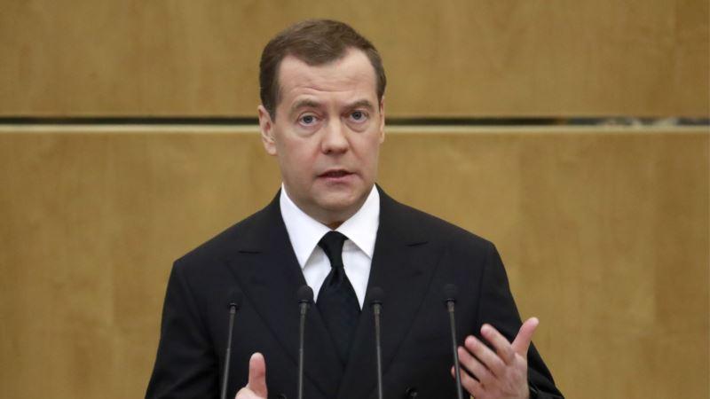 В России запретили госучреждениям закупать импортное вино