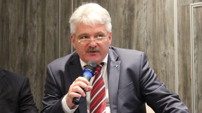 Украина должна работать над путями реинтеграции Крыма – Смелянский