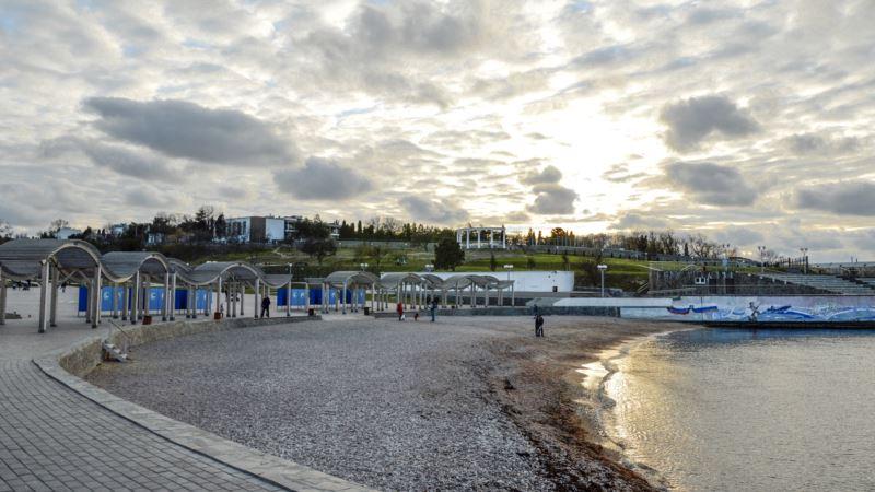 Власти Севастополя объявили, когда в городе стартует купальный сезон