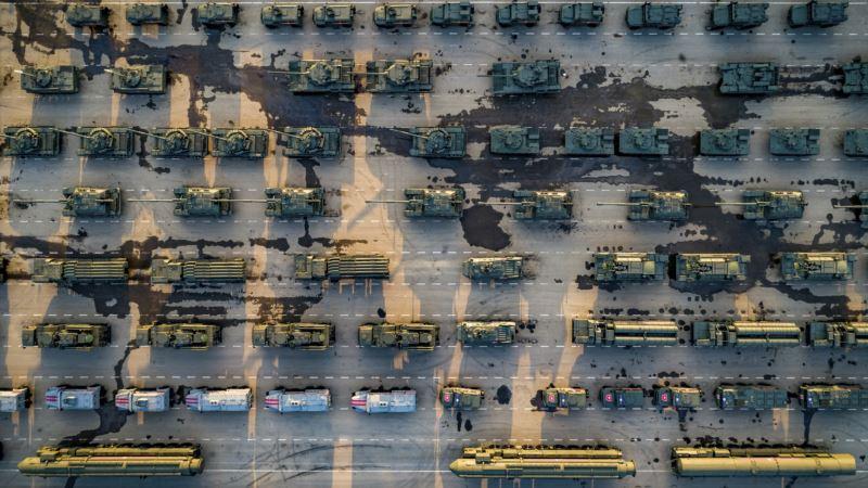 В США проанализировали оружие, которое Кремль представил на параде 9 мая в Москве