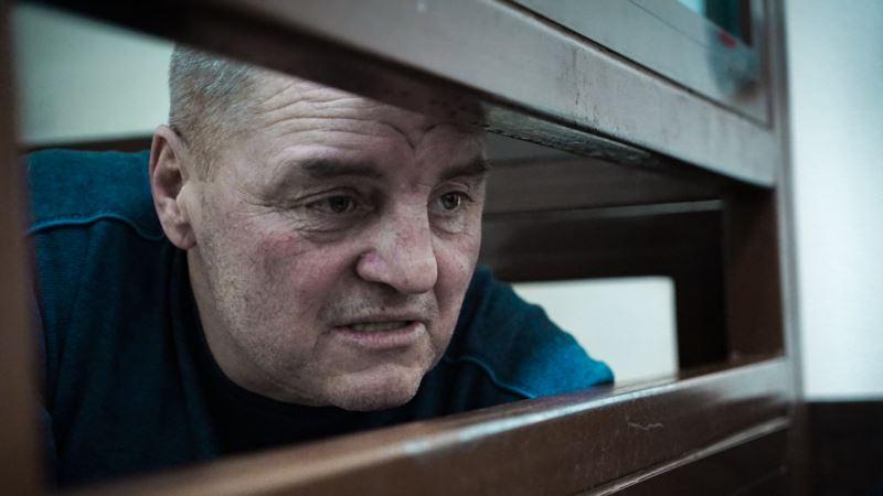 ЕСПЧ обязал Россию провести независимое медобследование Эдема Бекирова