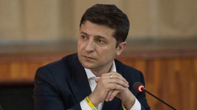 Зеленский в Турции пообещал упростить порядок получения разрешения для посещения Крыма