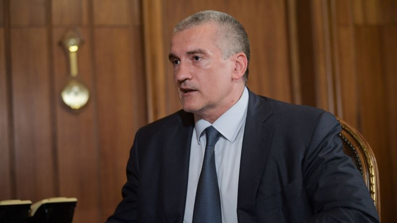 Аксенов угрожает крымским перевозчикам снижением тарифа на проезд