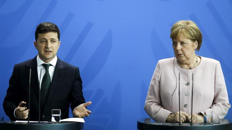 Зеленский в разговоре с Меркель призвал немедленно провести переговоры в «нормандском формате»