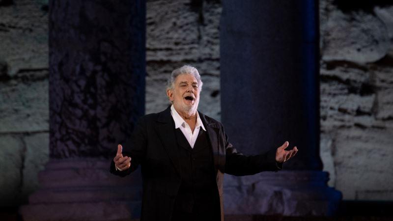 Оперного певца Пласидо Доминго обвинили в сексуальных домогательствах
