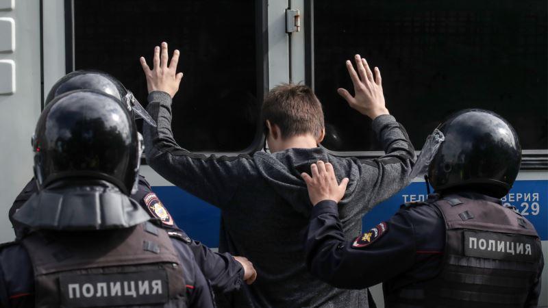 «Призываем российские власти уважать базовые права человека» – МИД Чехии