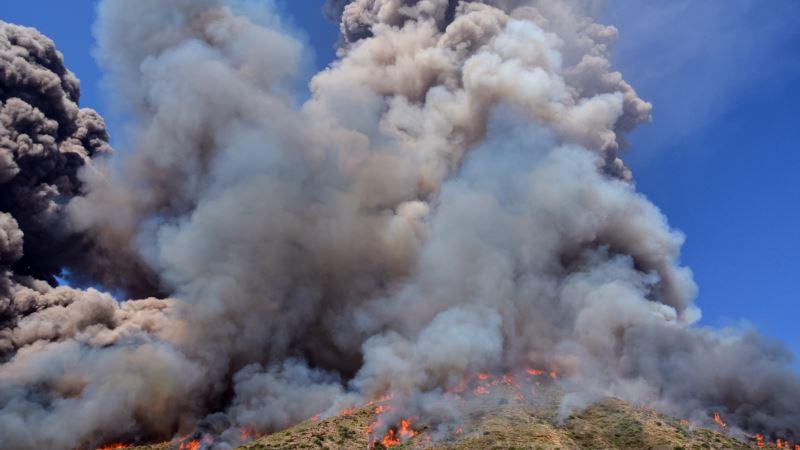 В Италии произошло извержение вулкана Стромболи