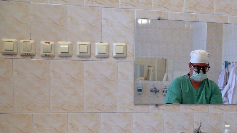 В Крыму не хватает более двух тысяч медиков – власти