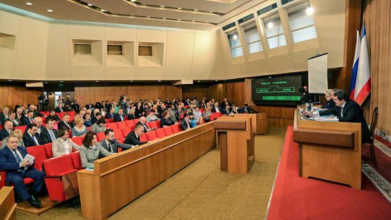 В парламенте Крыма хотят заменить украинскую систему голосования на российскую