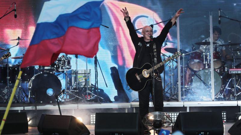 В Керчи анонсируют выступления Ильи Резника и Дениса Майданова