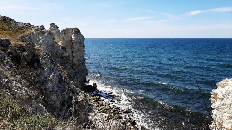Спасатели в Крыму призвали соблюдать меры предосторожности при прогулке в горах