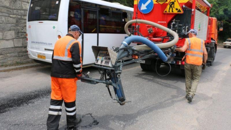 В Севастополе на четыре дня перекрыли движение на улице Лазаревской