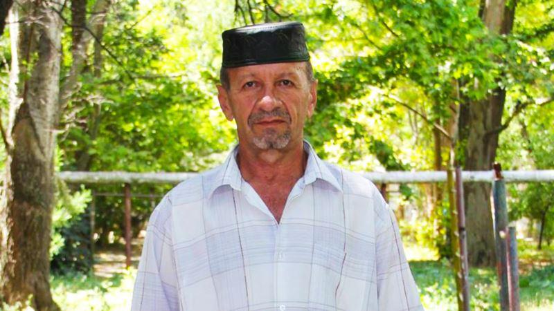 Депортированный из Крыма активист оформляет статус беженца на материковой Украине