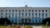 Аксенову и Развожаеву выдали партийные билеты «Единой России»