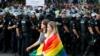 Россия: в Хабаровске полиция задержала ЛГБТ-активистку