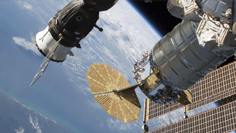 США запустили к МКС частный космический корабль при участии Украины