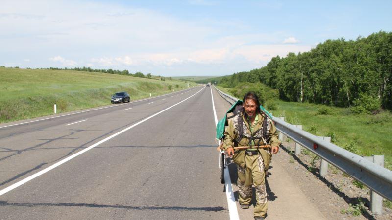 Якутский шаман возобновил поход в Москву для «изгнания Путина»