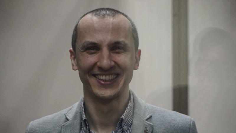 В России из зала суда удалили фигуранта «дела Хизб ут-Тахрир» Сервера Мустафаева