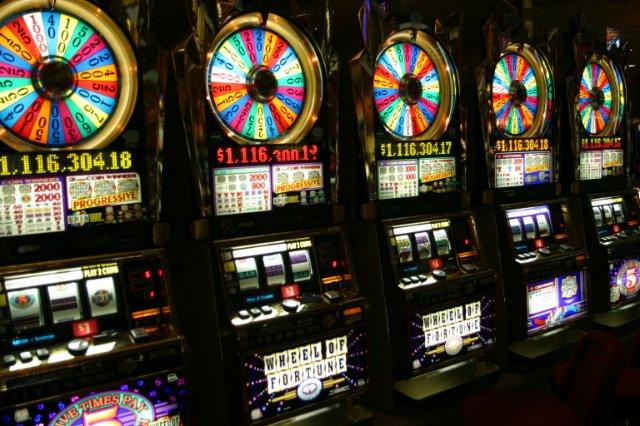 Мобильные казино онлайн – играй легко в любимые слоты