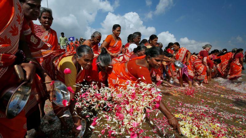 В мире вспомнили жертв цунами 2004 года, в котором погибли 230 тысяч человек