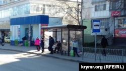 Жители Джанкоя продолжают жаловаться на отсутствие автобусов (+фото)