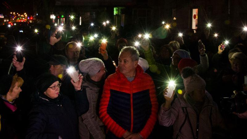 «Халатность убивает»: возле сгоревшего колледжа в Одессе прошла акция протеста