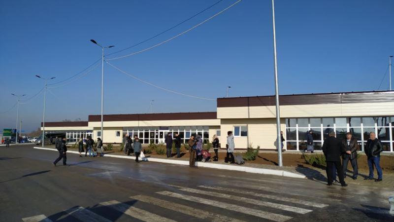 В офисе омбудсмена Украины сообщают о нарушениях на админгранице с Крымом со стороны Нацполиции