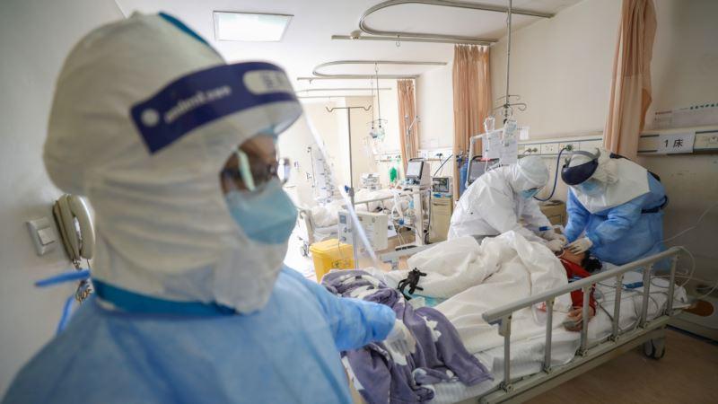 В Китае за сутки 97 человек умерли от коронавируса, свыше двух тысяч выписаны из больниц