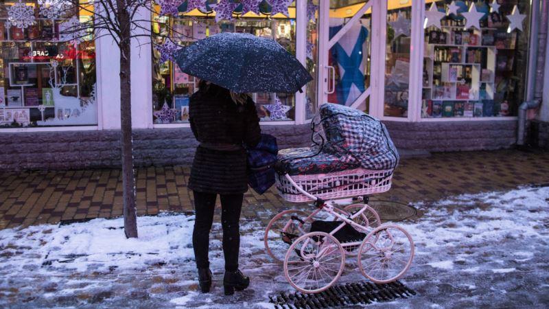 На Крым через два дня обрушатся ливни и снегопады – спасатели
