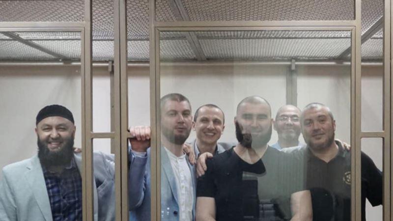 «Дело Хизб ут-Тахрир»: укрымчан в СИЗО начались проблемы со зрением – адвокат