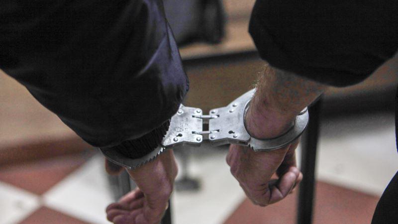 Российские полицейские задержали в Симферополе «автомобильных грабителей»