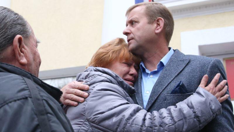 Суд в Крыму решил выпустить из СИЗО Олега Зубкова