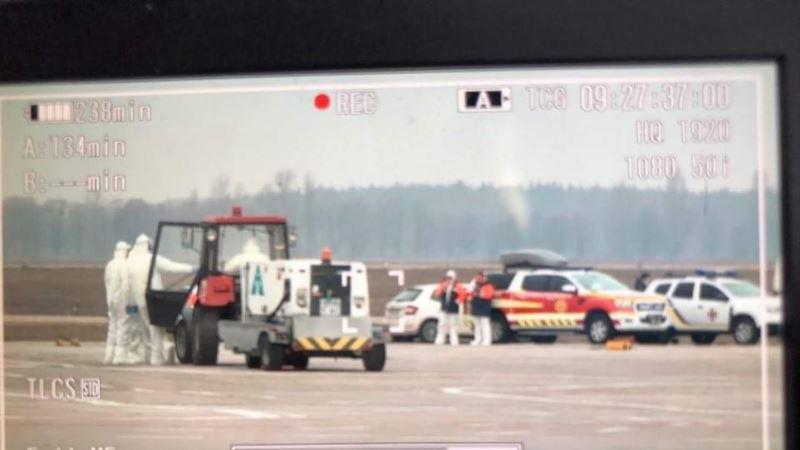 Эвакуация украинцев из-за коронавируса: самолет из Китая приземлился в «Борисполе»