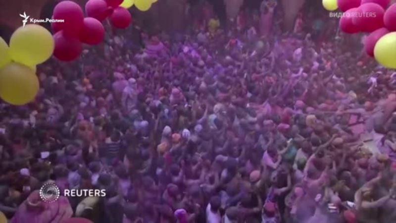 Весна и яркие краски в Индии против коронавируса (видео)