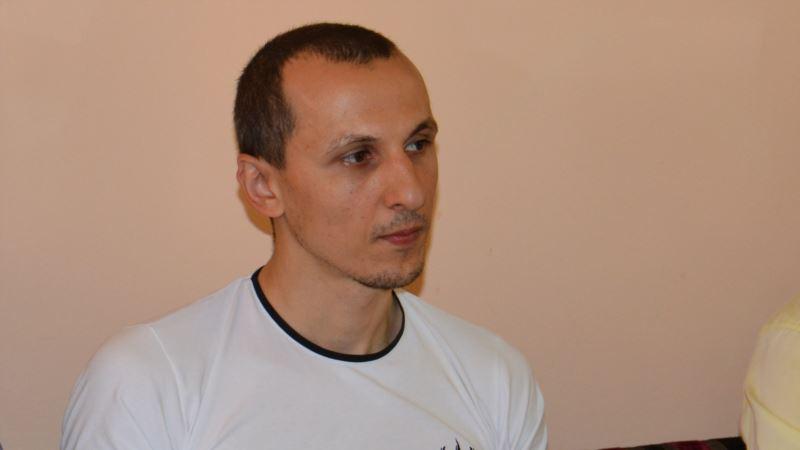 «Cухой кашель и температура». Политузник Мустафаев рассказал о своем состоянии в СИЗО