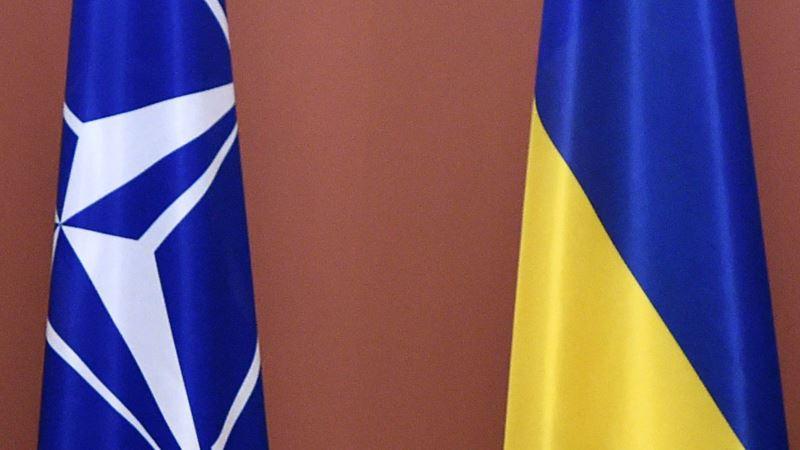 Украина просит у НАТО международной помощи в борьбе с коронавирусом