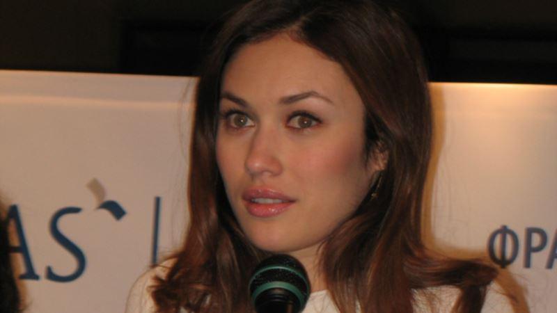 Актриса Ольга Куриленко сообщила, что оправилась от COVID-19