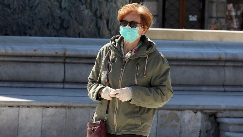 У Зеленского призвали крымчан переходить на дистанционную работу из-за коронавируса