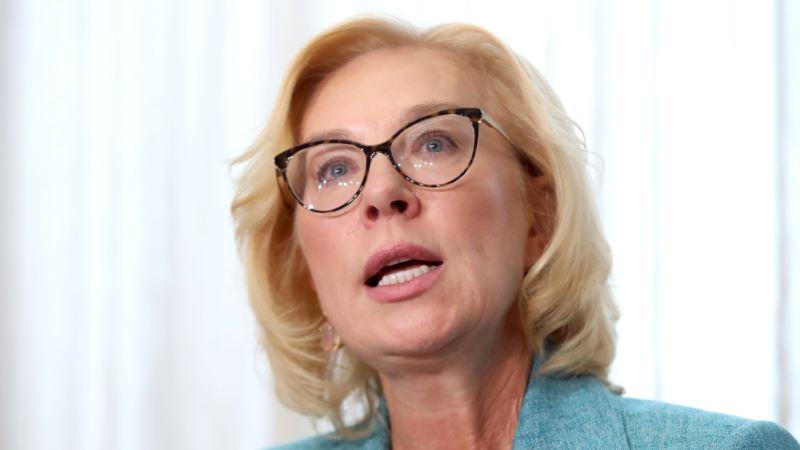 Денисова призвала Верховного комиссара ООН присутствовать на судах над крымскими татарами