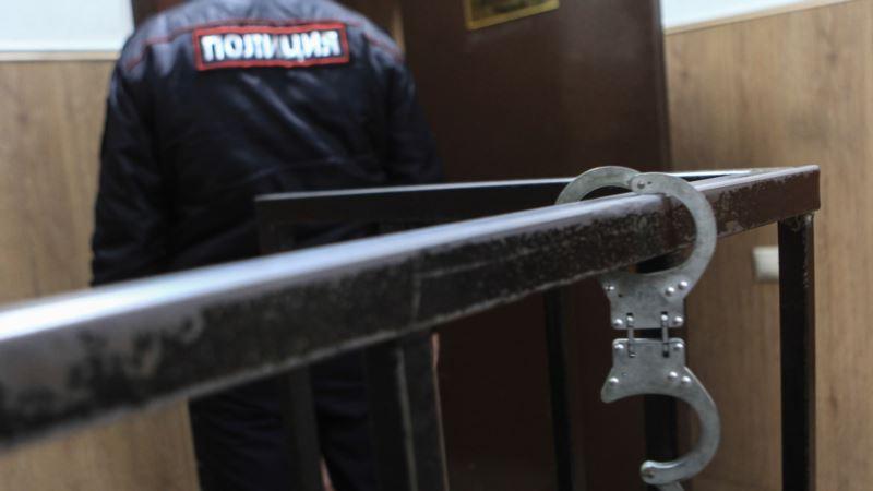 В Крыму российские полицейские подстрелили мужчину во время задержания