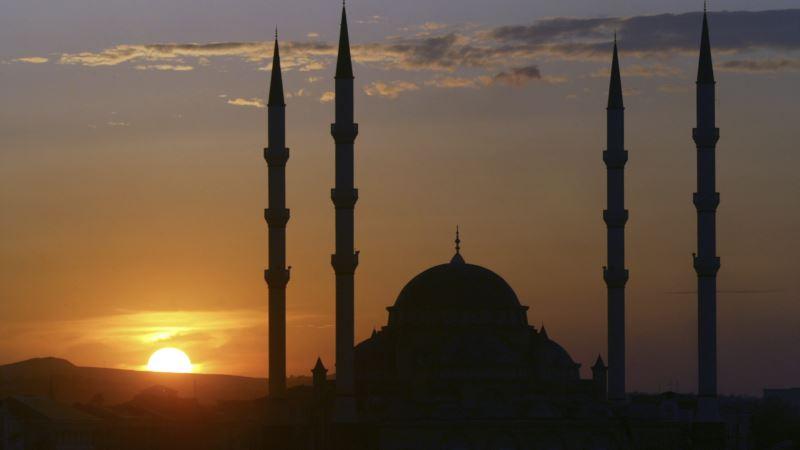 Джамала и Кулеба поздравили мусульман с началом Рамадана (+видео)