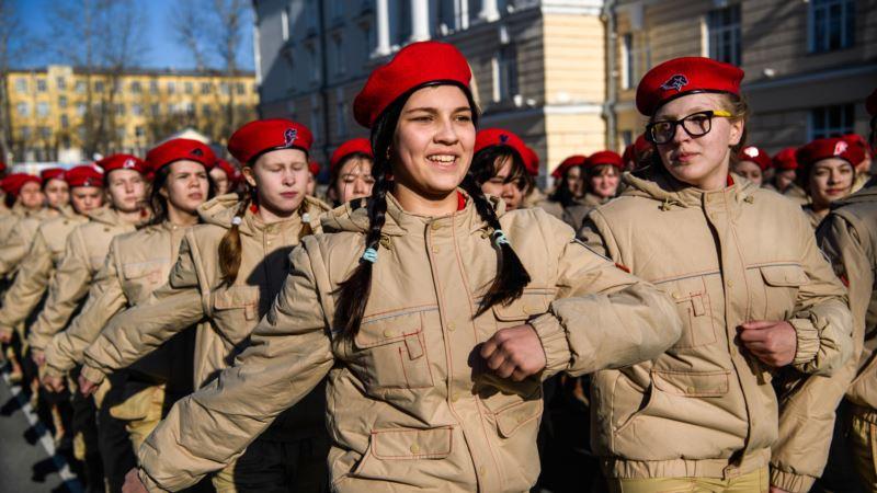 Путин внес в Госдуму России законопроект о «формировании чувства патриотизма» в школах