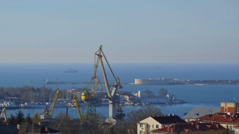 Путин поручил подготовить предложения по развитию рыболовного флота в Крыму
