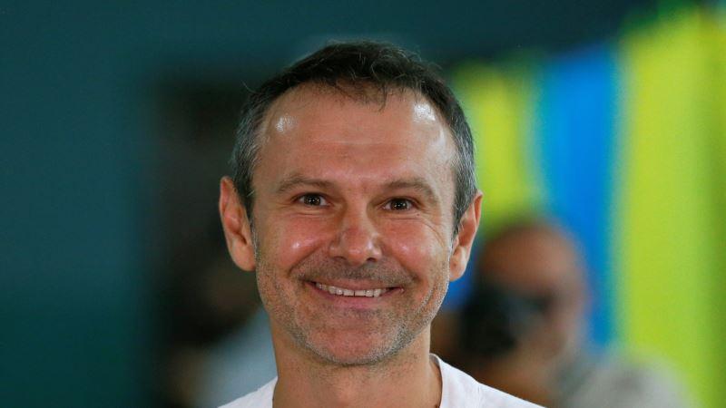 Святослав Вакарчук объявил о сложении полномочий депутата Верховной Рады