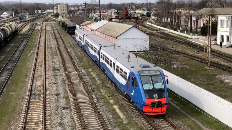 Крымские власти с 1 июля отменяют ограничения по движению рельсового автобуса из Керчи в Анапу