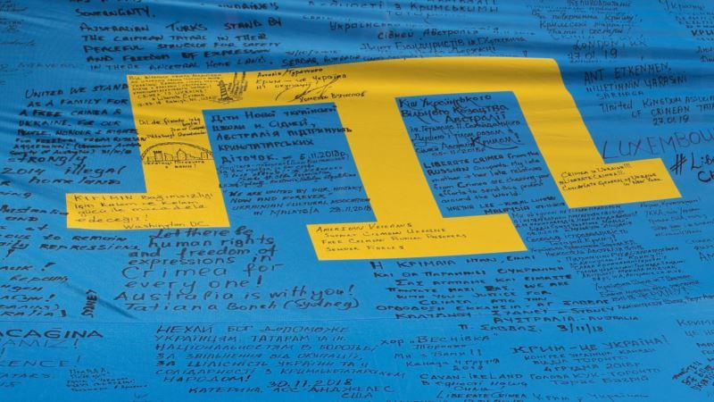 В Саках попытались разбить крымскотарскую стеллу с тамгой – активист
