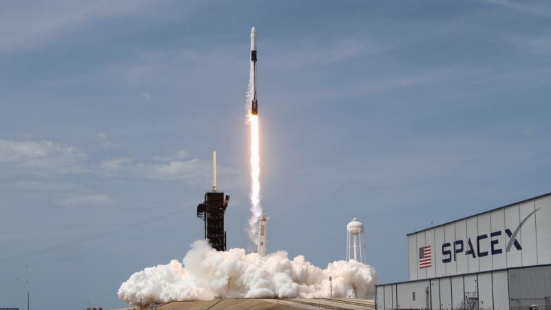 Астронавты NASA присоединились к команде МКС